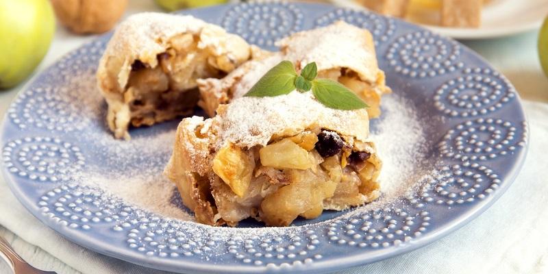 Яблочно-медовый десерт из лаваша