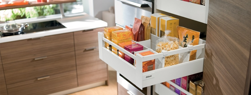 Зона хранения на кухне. Как навести порядок и иметь все необходимое под рукой?