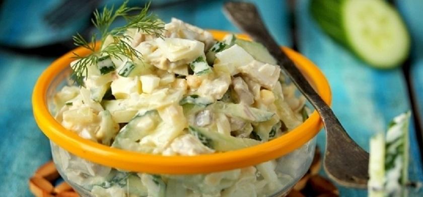 Простой салат на каждый день: гениальная «вкусняшка»