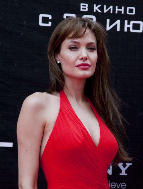 Джоли в Москве