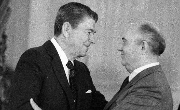 Холодная война тогда, холодная война сейчас (CounterPunch, США)