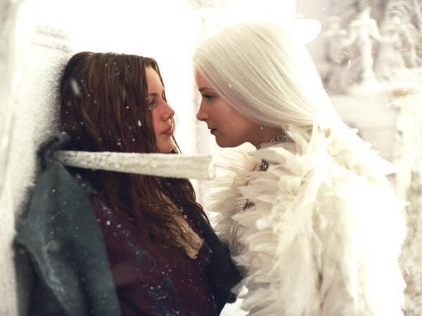 Герда против Снежной королевы. Была ли конкуренция?