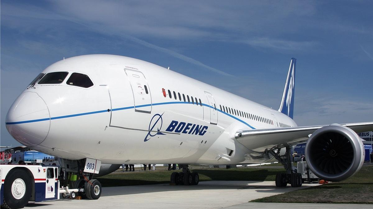Для Dreamliner начнут печатать несущие элементы планера