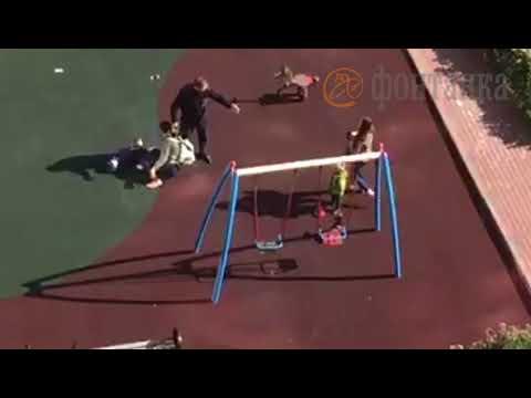 В Петербурге женщина пнула 3-летнего ребенка, защищая собаку