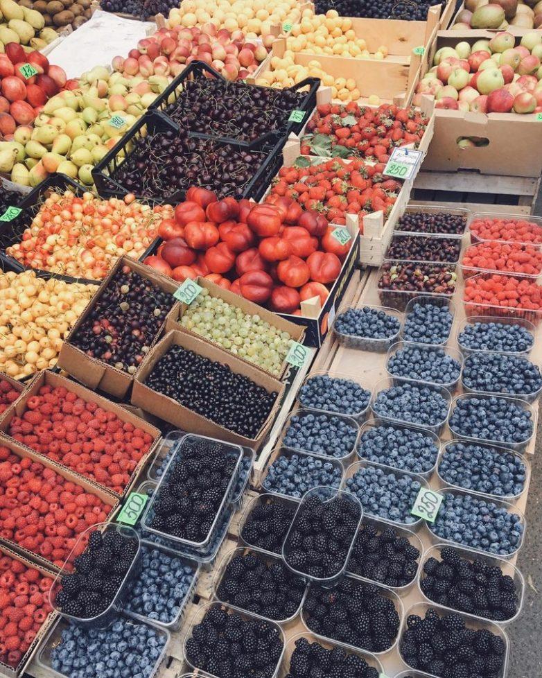 Сезонное отравление ягодами. Как этого избежать?
