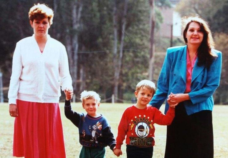 4 истории о детях, которых перепутали в роддоме