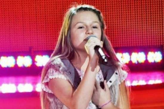3 000 000 просмотров! Невероятное исполнение песни «Любовь, похожая на сон»! Эта девочка даже не знает русский язык