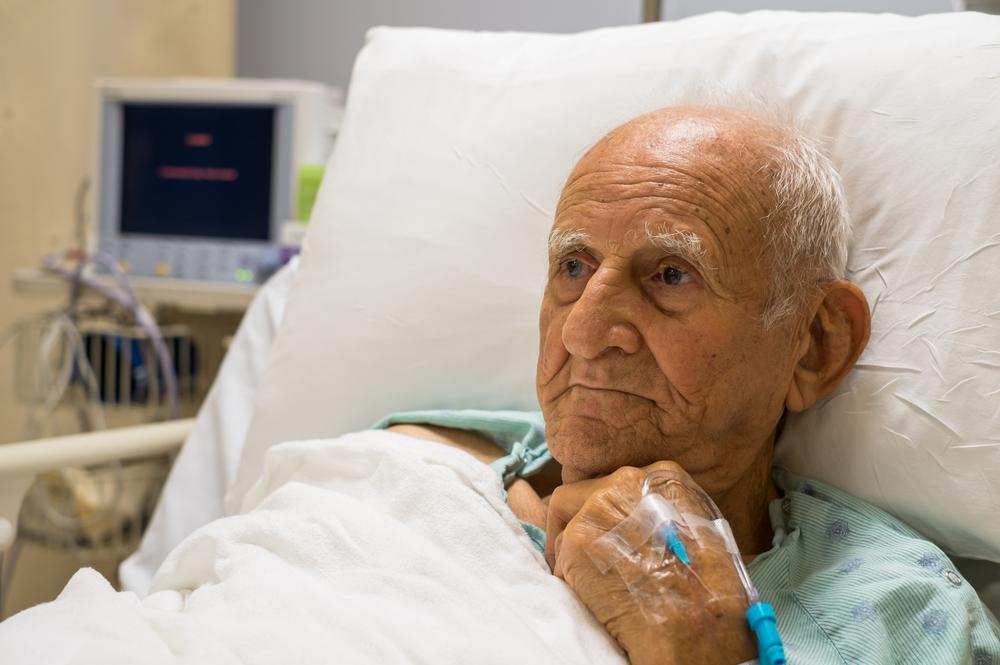 """""""Зачем здесь этот валежник?"""" Фельдшер — о дискриминации стариков в больницах"""
