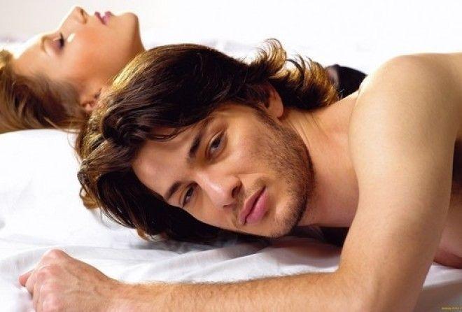 Какую позу в интиме любит мужчина, так он и относится к своей женщине