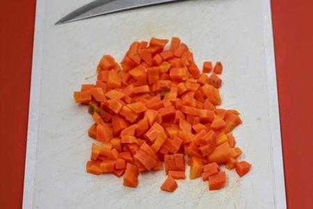Kartoffelsuppe (немецкий картофельный суп с жареными колбасками): фото шаг 5