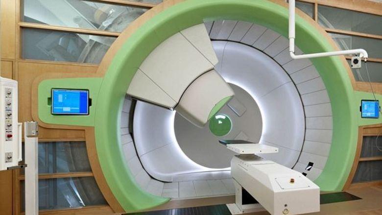 Протонная терапия рака: привилегия богатых или панацея для всех?