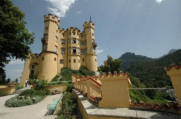 Самые красивые замки мира (16 фото)