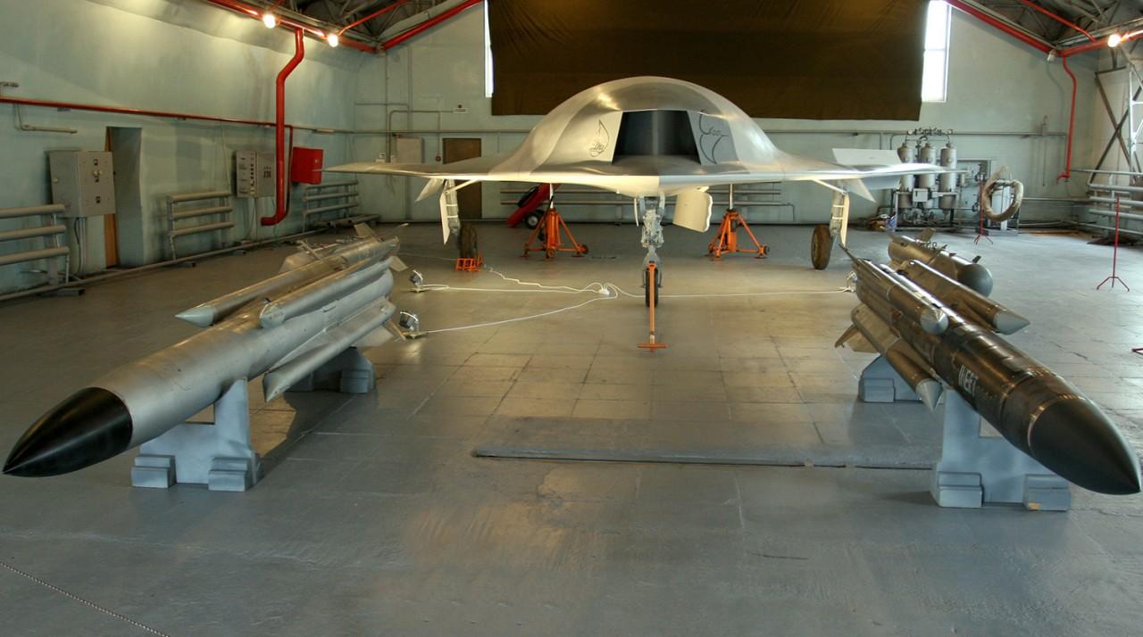 """РСК """"МиГ"""" разрабатывает ударные и разведывательные БЛА массой от 1 до 15 тонн"""