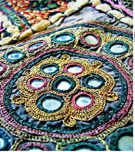 Экзотические виды вышивки — индийская вышивка шиша