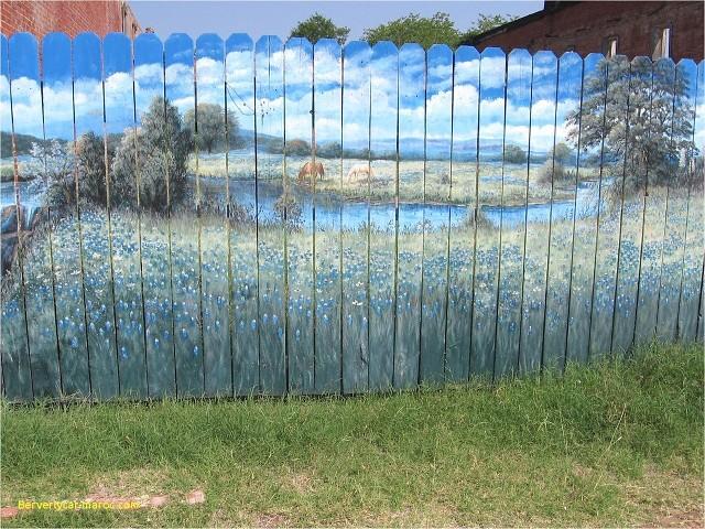 Забор-шедевр!