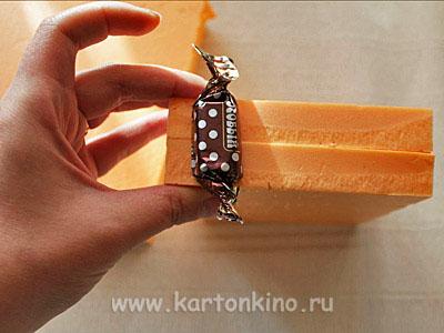 tort-iz-konfet-03