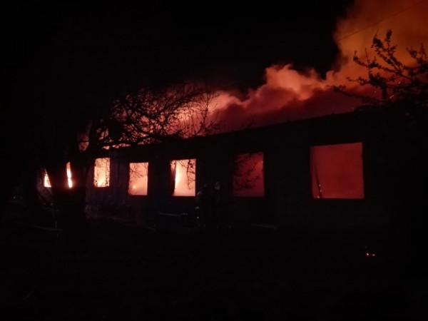 В Севастополе сгорел одноэта…