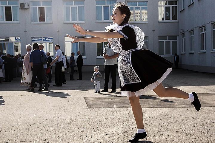 В России предлагают ввести единую цену на школьную форму