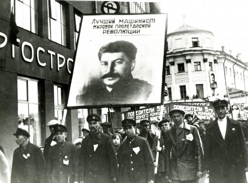 27 фото, которые доказывают: учебники по истории - это просто пропаганда
