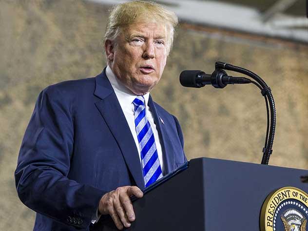 Трамп решил бороться с вмешательствами в выборы при помощи санкций