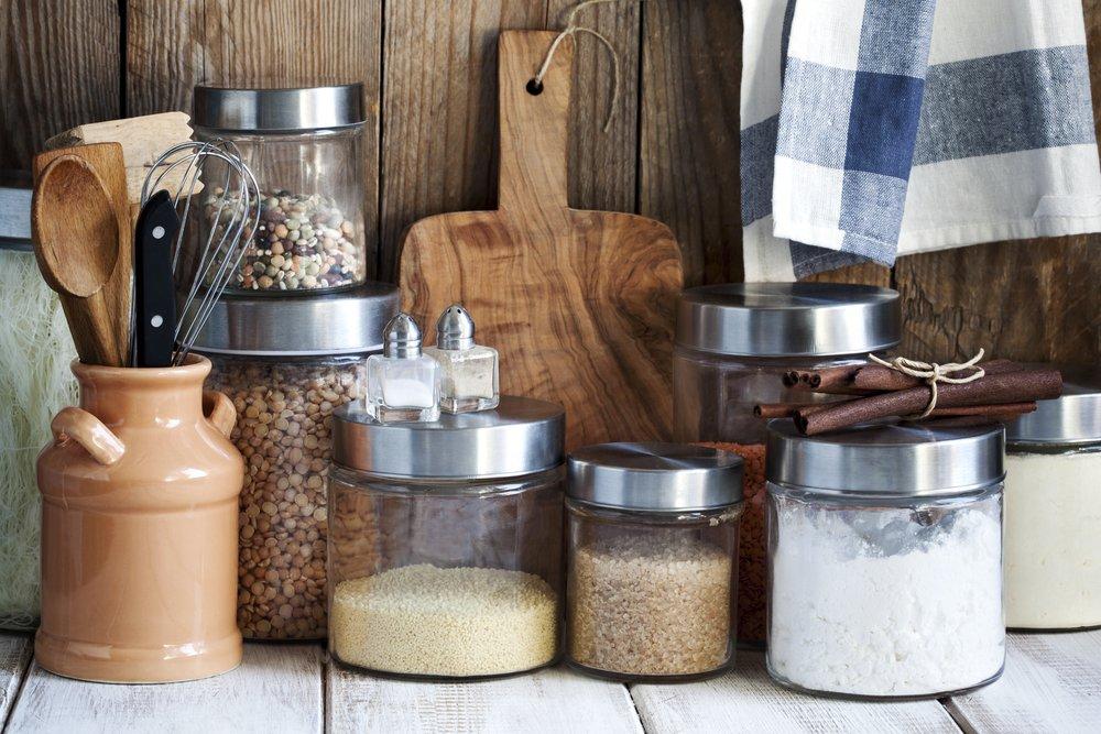 18 продуктов, которые можно хранить очень долго