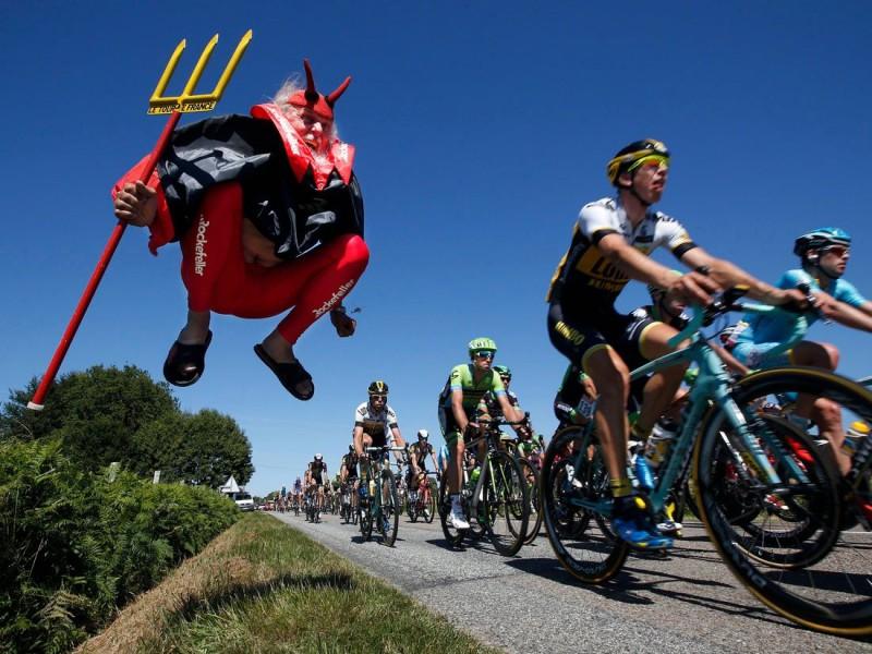 Экстравагантные поклонники Tour de France