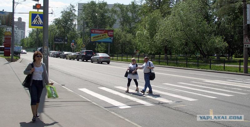 Госдума увеличила штраф для водителей за отказ уступить дорогу пешеходам