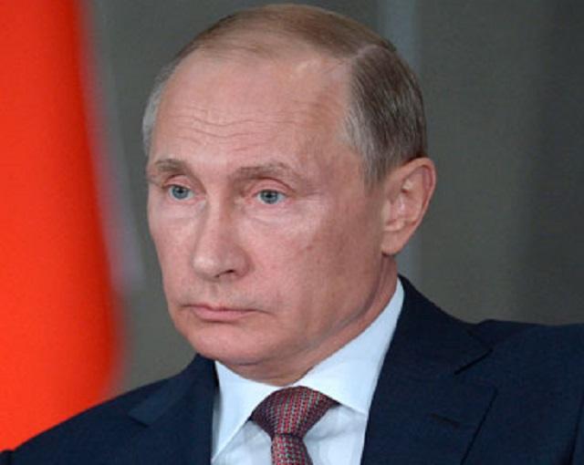 Путин поведал о своих впечатлениях от встречи с Макроном