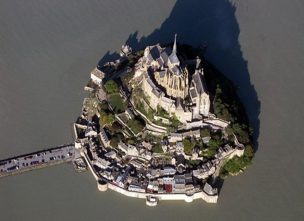 Остров-крепость Мон-Сен-Мишель