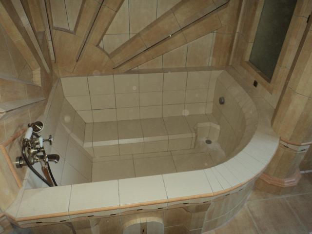 Как сделать саму ванну из плитки