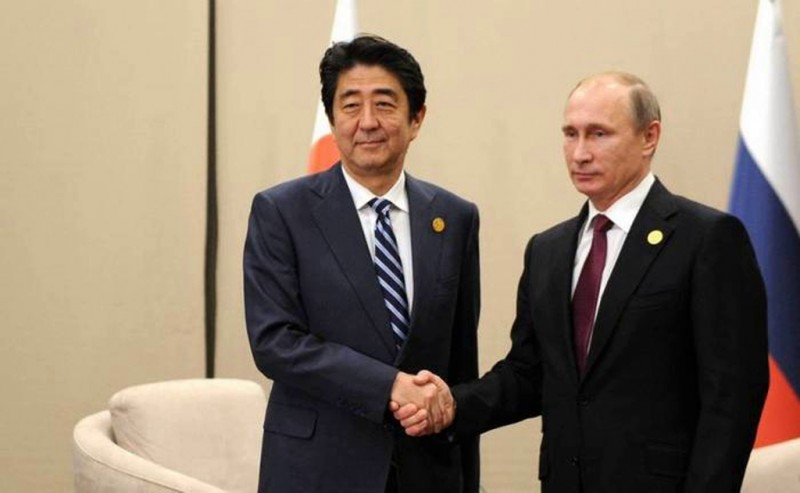 Проблема Курил: Путин принял условия Японии и сдаст острова?