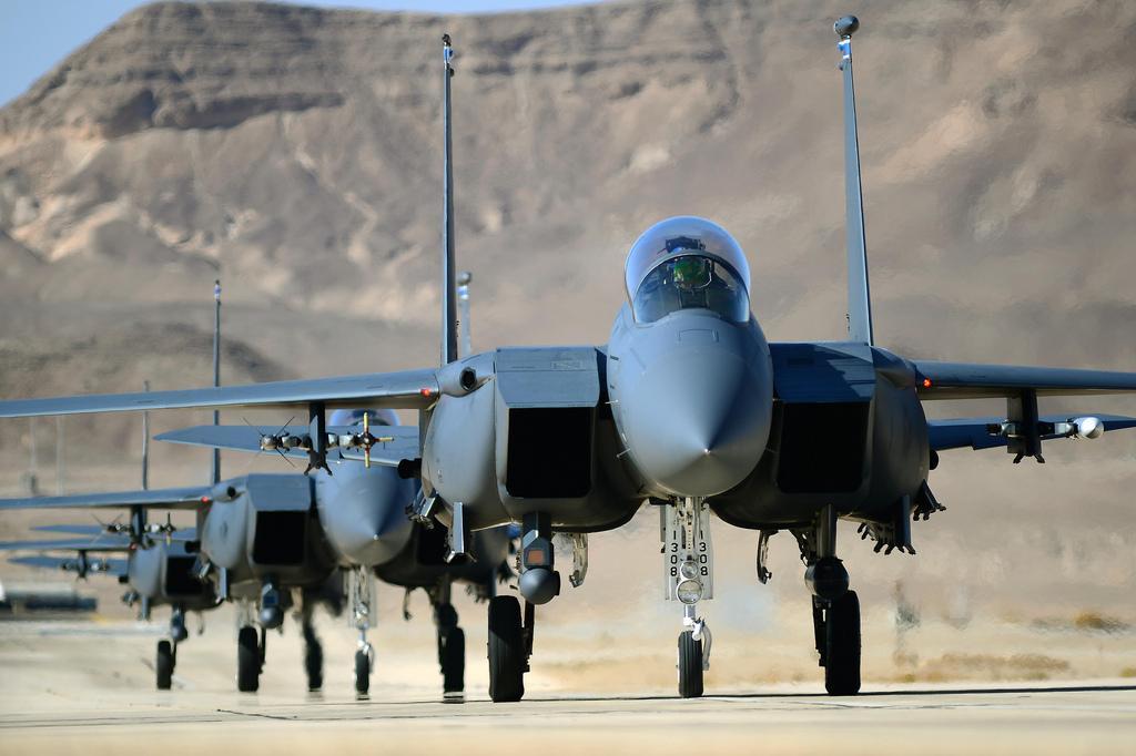Почему ни одни ВВС не хотят вступать в борьбу с российскими С-400