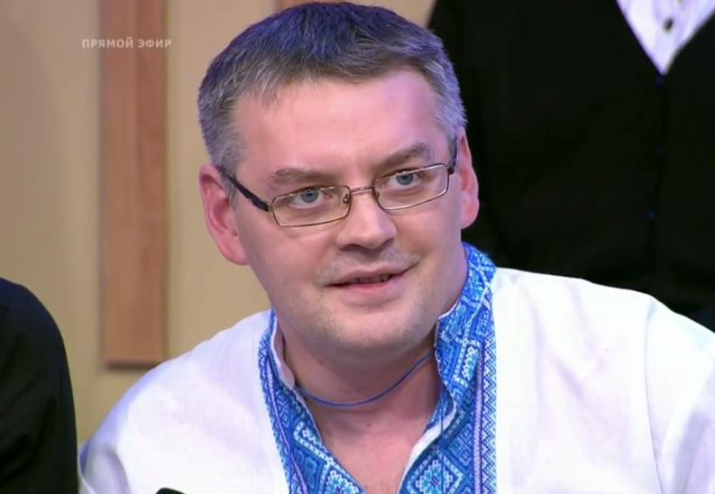 Телевизионщики жестоко избили няшку Суворова