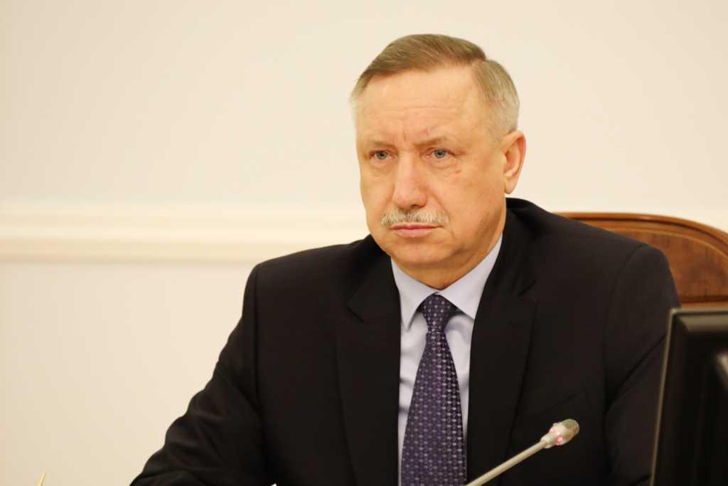 Беглов встретился с жителями Невского района: «Мы взяли курс на открытое правительство»