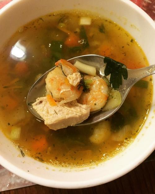 Суп с креветками и курочкой.