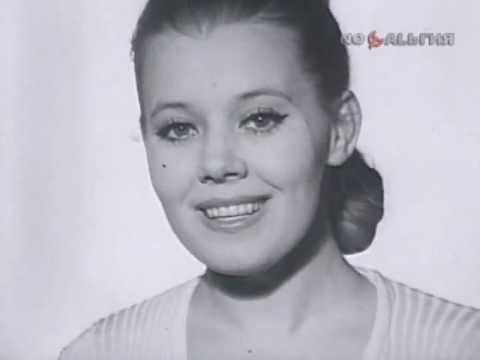 Умерла известная певица и ак…