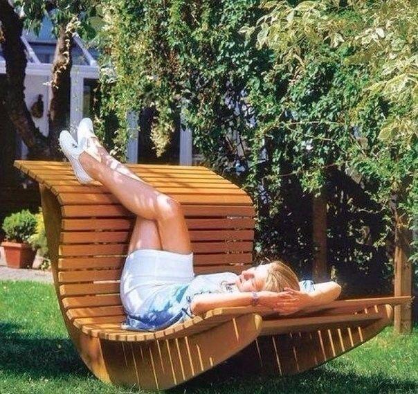 Незатейливо, но удовольствия - море! Кресло – качалка для сада своими руками