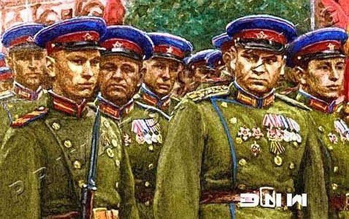 «Малиновые околышки» в боях с фашистами