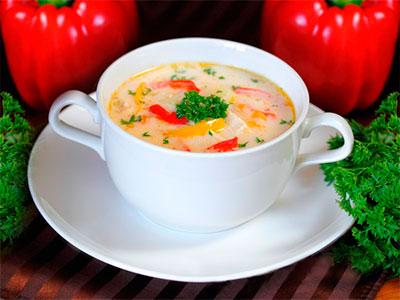 Сырный суп с курицей и болгарским перцем