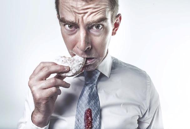 Итальянский диетолог предупредил об опасности диет