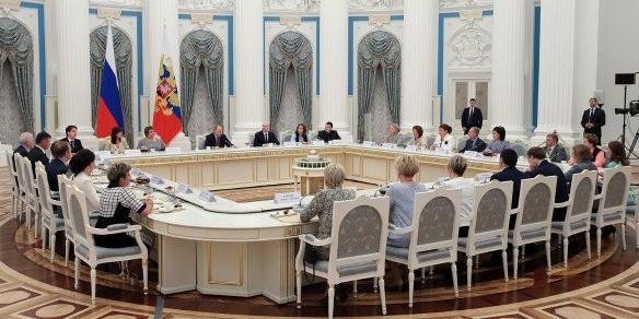 Путин согласился реформировать современную школу