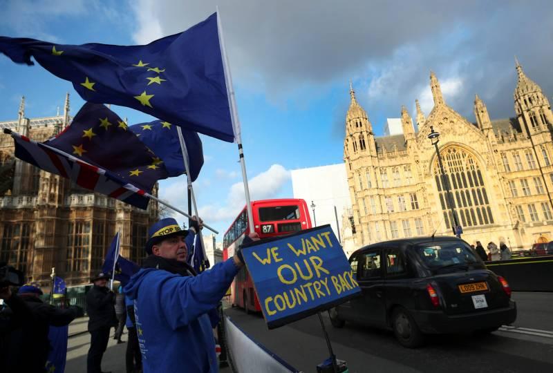 Как Великобритания скатилась к статусу «рядовой страны»?