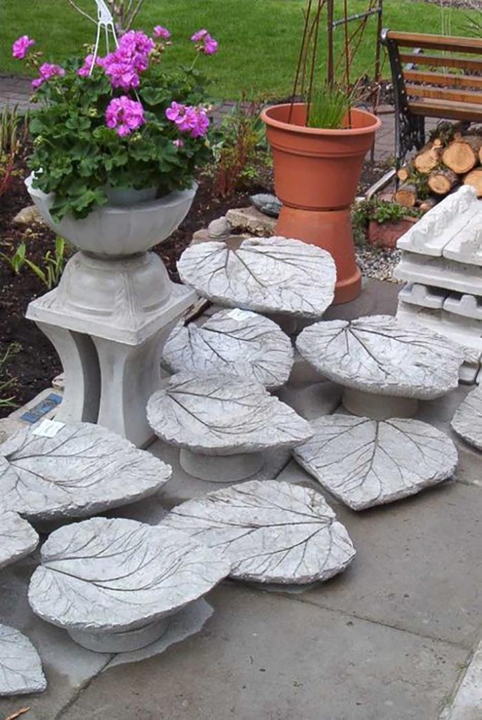 Украшение сада из цемента своими руками 97
