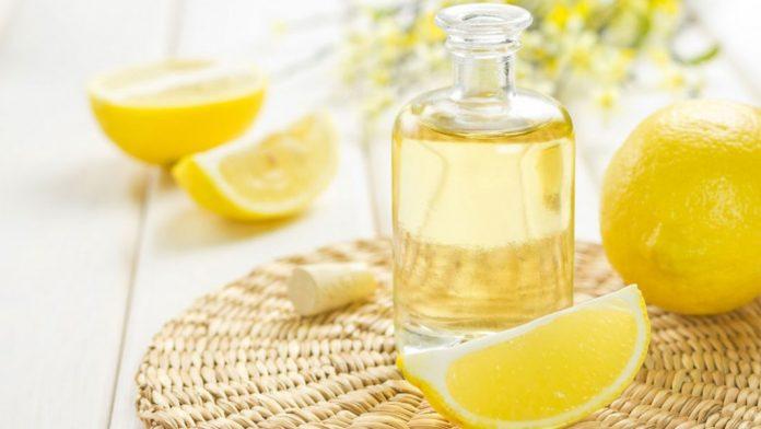 Смешайте лимонный сок и олив…