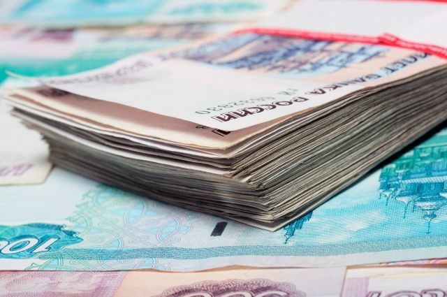 Госдума приняла закон, повышающий МРОТ до уровня прожиточного минимума