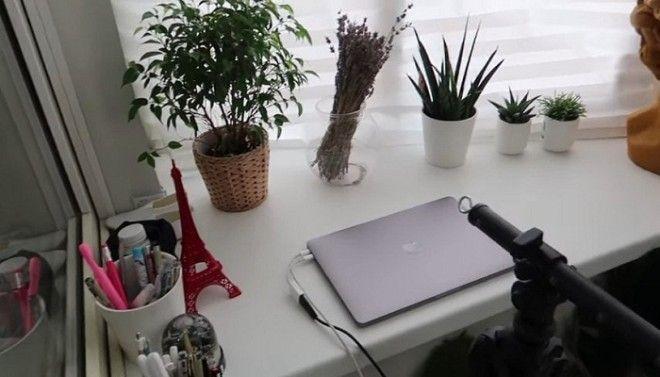 Вдохновившись переменами Ольга переоборудовала балкон под рабочий кабинет Фото cpykamiru