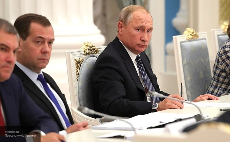 Пора отстать от России, она может ответить: британцы испугались последствий расширения НАТО