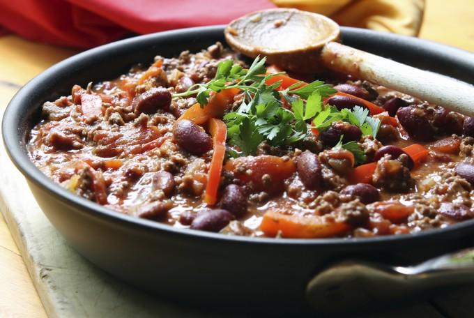 Чили кон карне с говядиной и помидорами