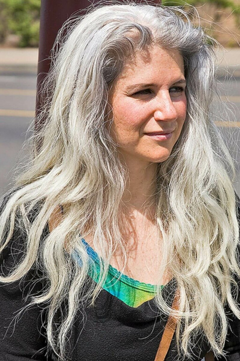 Эти стрижки и прически очень старят женщин после 50. Не совершайте ошибки