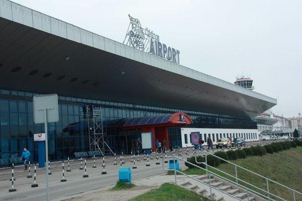 Президент Молдавии извинился зазадержание российских артистов ваэропорту
